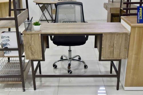 โต๊ะคอมNova1